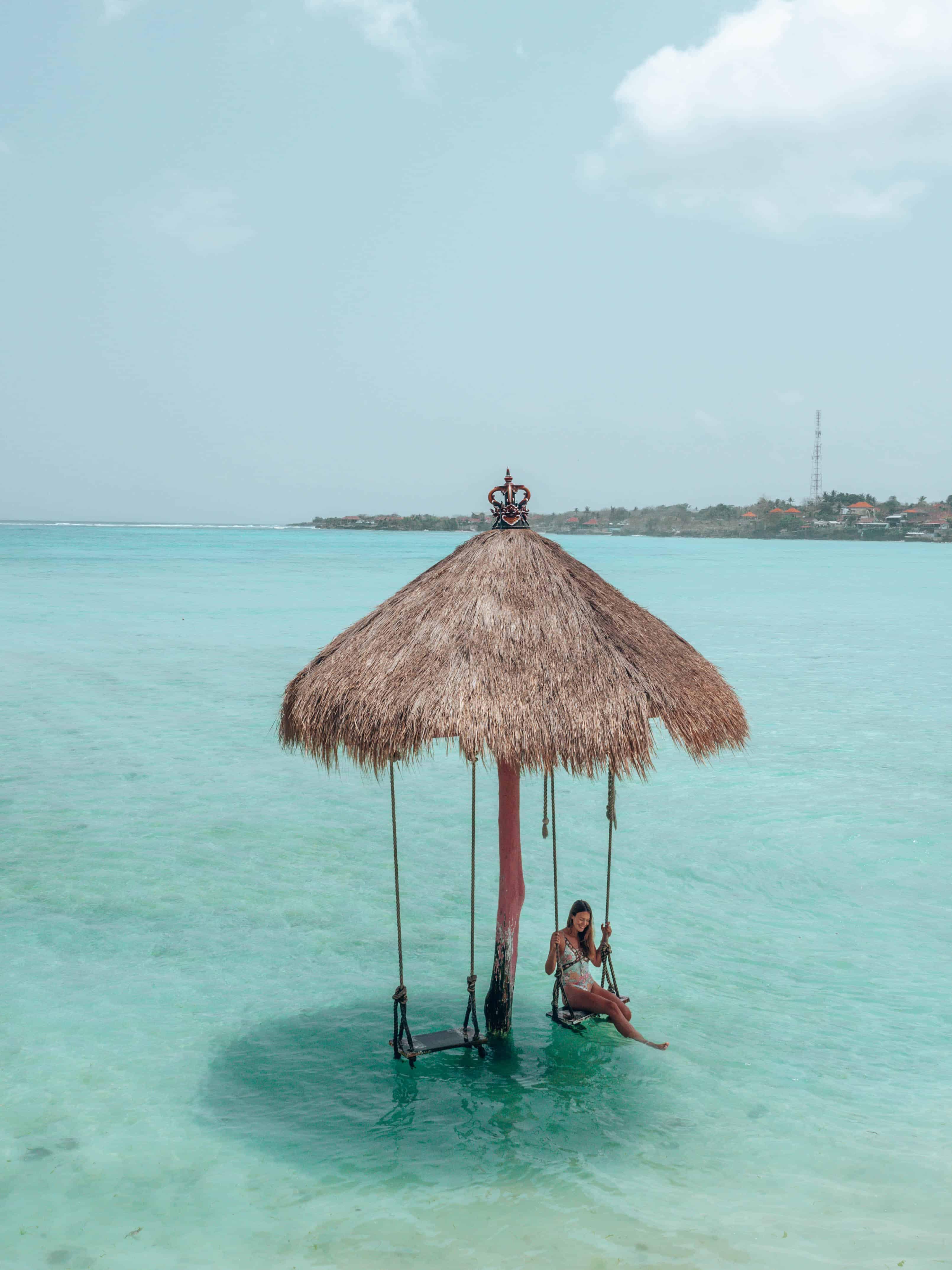 Swing The Sand Beach Bar Nusa Ceningan