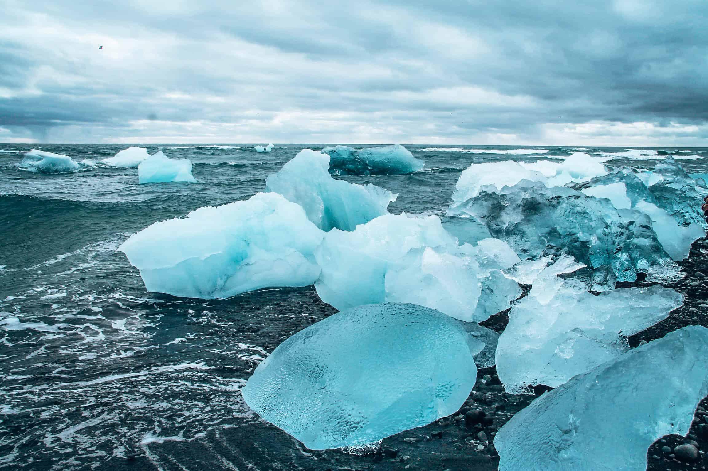 Jokulsarlon ice formation iceland