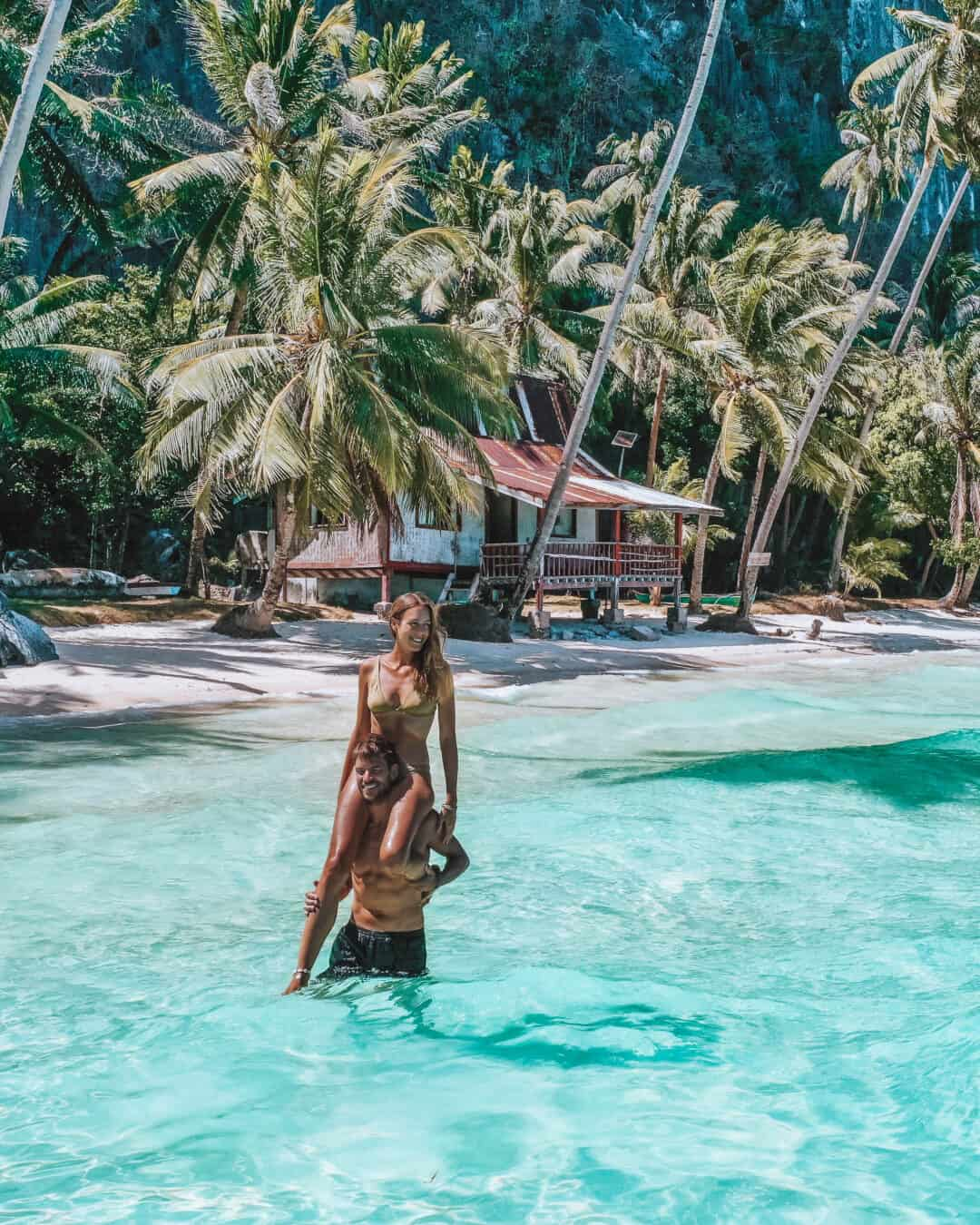 El Nido Pinagbuyutan Island Beach Hut Couple