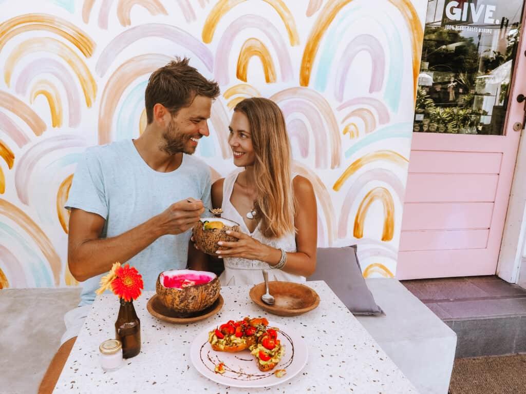 Bali Canggu Give Cafe Couple Food