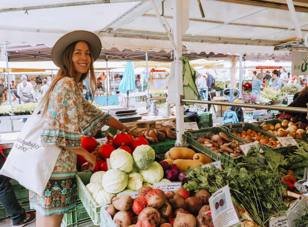 Shop Organic on the Farmers Market